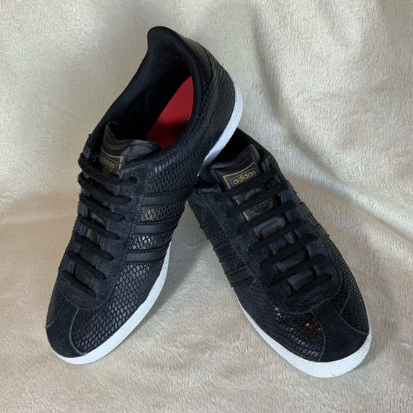 adidas gazelle snake noir